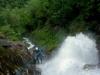 Gwen dans la grande cascade